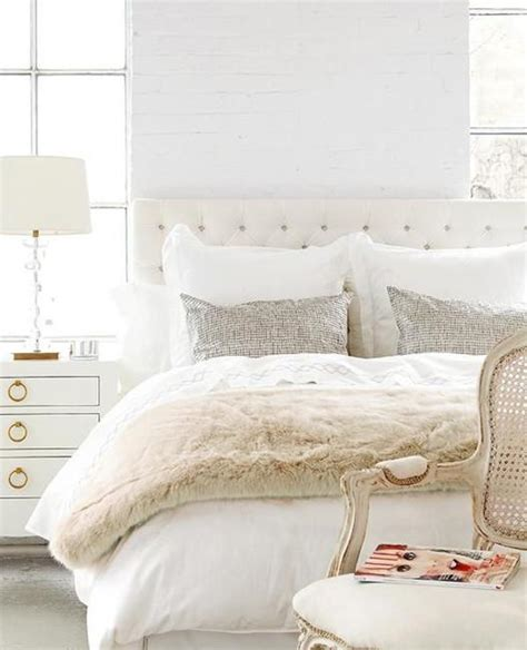 White Bedroom Ideas by 25 Modern Ideas For White Bedroom Decorating
