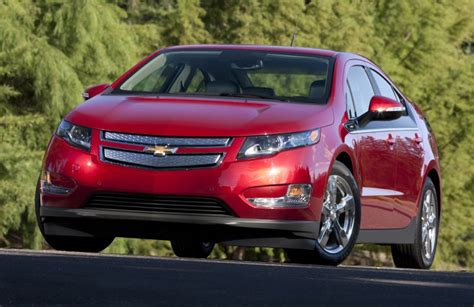 2014 chevy volt electric range 2015 chevy volt gets larger battery though range remains the same