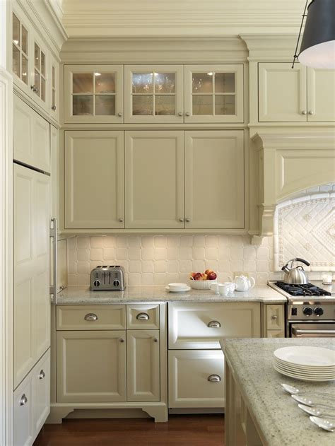 kitchen cabinets with glass on top kitchen glass cabinets on top home pinterest