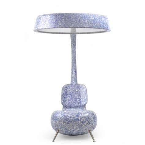 Anglerfish Stuhl Mit Einer Großen Lampe  Beste Inspiration