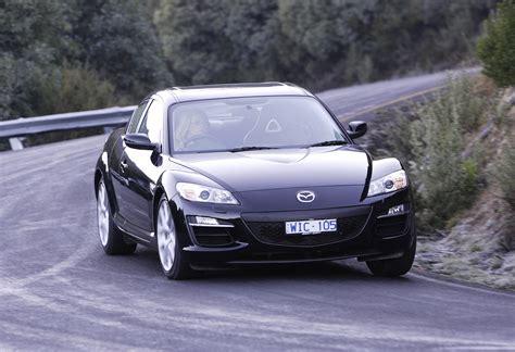Mazda Car :  Rotary Sports Car Spinning Into History