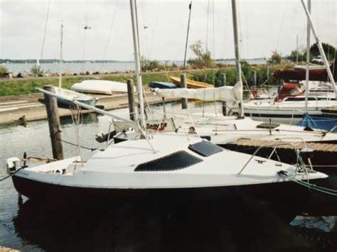 Buitenboordmotor Voor Zeilboot zeilboot klepper traveller met 5pk buitenboord motor