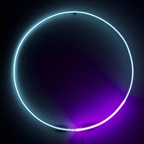 blue magenta circle neon light  white cubespetagadget