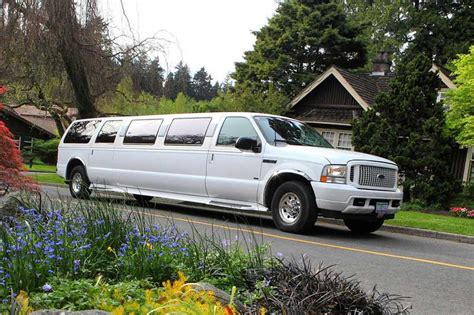 Limousine Rental Prices by Limousine Rentals In Vancouver Best Prices Limo Service