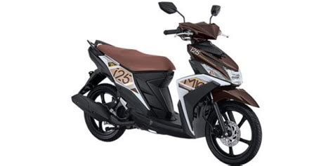 Review Yamaha Mio M3 125 by Yamaha Mio M3 125 Review Road Test Oto
