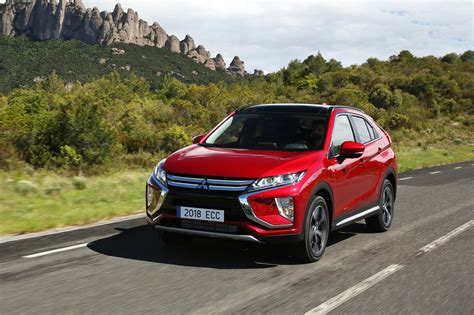 mitsubishi eclipse cross  wd cvt  review car