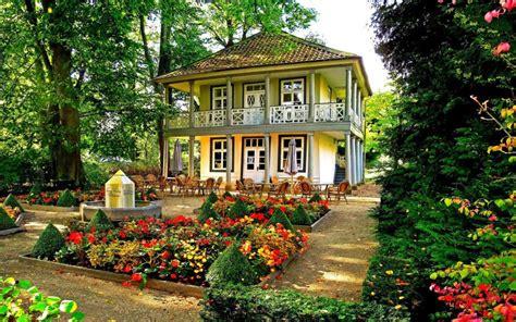 迷人别墅花园图片,高清图片,电脑桌面-壁纸族