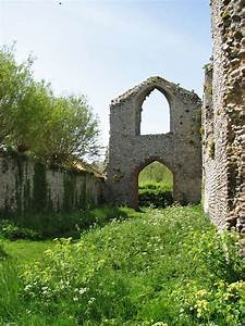 Priory of St Mary in the Meadow, Beeston Regis - Wikipedia