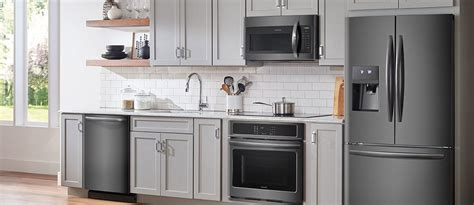 black kitchen cabinets with stainless steel appliances kitchen design ideas for black stainless steel appliances 9767