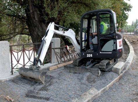 mini excavator  ton  excavating rentals woolwich union st elmira ontario