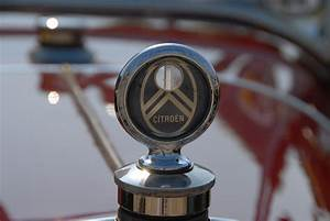 Bouchon De Radiateur Voiture : pixelistes bouchons de radiateurs voitures anciennes inclassables ~ Medecine-chirurgie-esthetiques.com Avis de Voitures