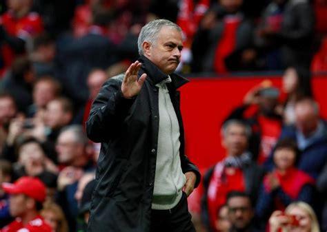 Liverpool vs Manchester United team news: Red Devils ...