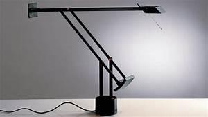 Lampe De Bureau Architecte : la lampe tizio sous les feux des projecteurs ~ Dailycaller-alerts.com Idées de Décoration