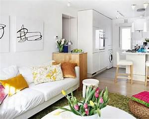Sofas Für Kleine Wohnzimmer : kleines wohnzimmer einrichten eine gro e herausforderung ~ Sanjose-hotels-ca.com Haus und Dekorationen