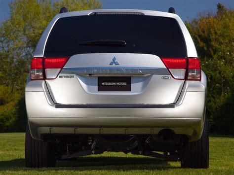 2018 Mitsubishi Endeavor Price Photos Reviews Features