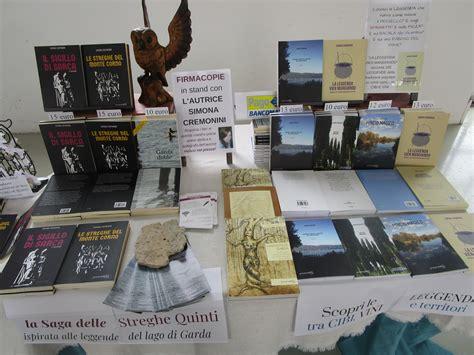 Libreria Mondadori Crema by La Leggenda Vien Mangiando Le Leggende Lago Di Garda