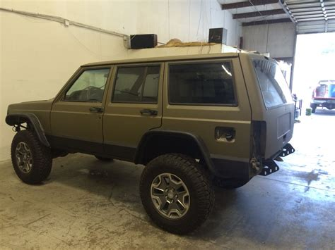 Jeeps With Truck Beds by New Bed Liner Paint Jeep Xj Jeep Xj Mods