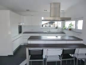 küche grau hochglanz weiße küche graue arbeitsplatte jtleigh hausgestaltung ideen