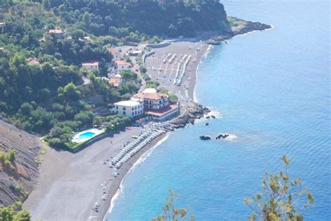 Hotel Gabbiano Acquafredda - the beautiful bay of acquafredda di maratea picture of