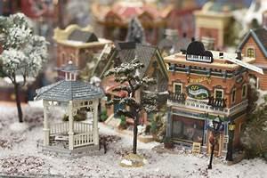 Maison De Noel Miniature : creation d 39 un village miniature inspirations desjardins ~ Nature-et-papiers.com Idées de Décoration