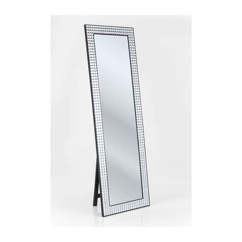miroir de chambre sur pied miroir sur pied design orné de strass rockstar by geiss