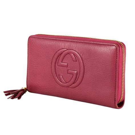 chanel pouch pink gucci pink leather soho wallet