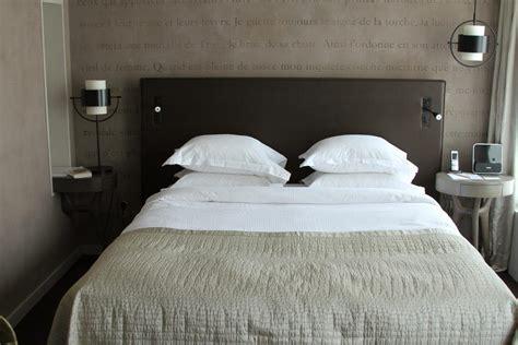 chambre taupe et beige décoration chambre taupe et beige