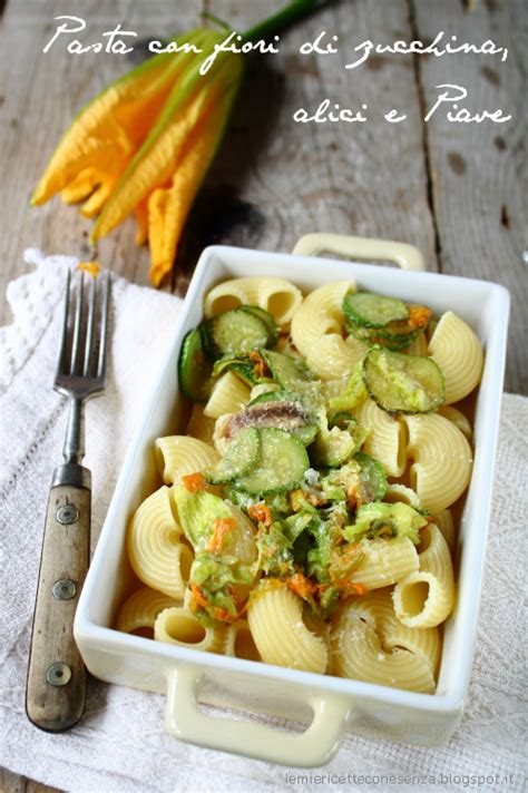 pasta fiori di zucchina pasta con fiori di zucchina