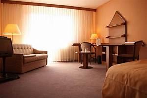35 Qm Wohnung Einrichten : unterkunft apartinn heidelberg m blierte apartments 35 qm wohnung in leimen gloveler ~ Markanthonyermac.com Haus und Dekorationen