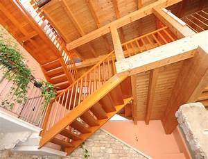 Grundierung Holz Außen : wangentreppe aussen mit balkone ~ Whattoseeinmadrid.com Haus und Dekorationen