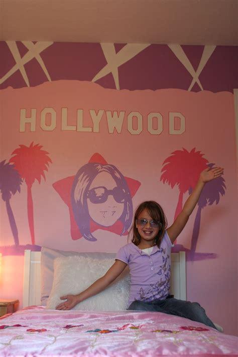 ideas  hollywood theme bedrooms  pinterest