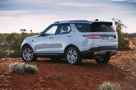 2018 Land Rover Discovery Review  Australia  Practical