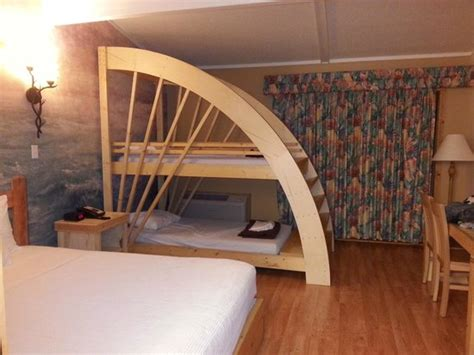 Queen Size Bed With Bunk Bed  Picture Of Mt Olympus