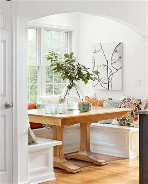 7 Ideas for Kitchen Banquettes   Midwest Living