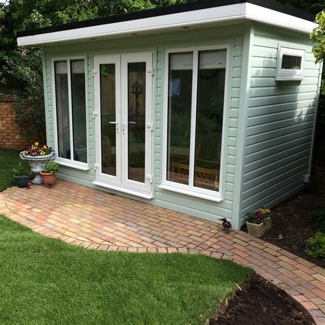 Garden Room With Living Roof by Flat Roof Insulated Garden Room By The Building