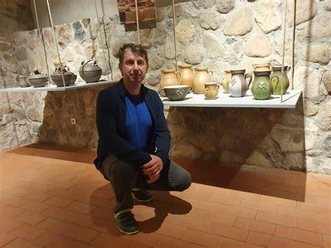 Alūksnes muzejā - keramiķa Uģa Puzuļa jubilejas izstāde ...