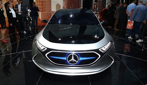 mercedes benz    flying cars  caradvice
