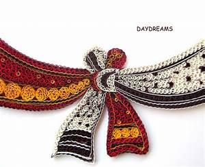DAYDREAMS: Quilled wedding knot