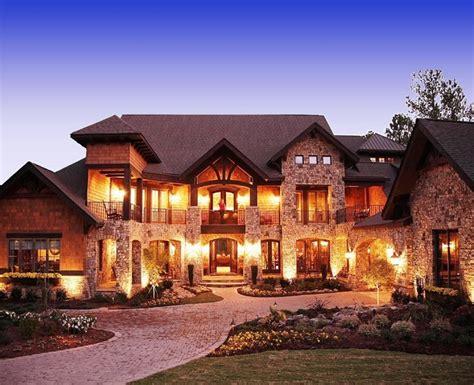 craftsman style lodge house