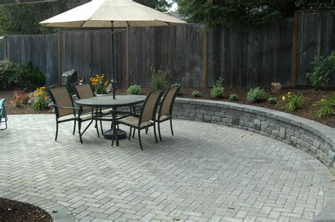 Paver Patio Designs by 5 Ways To Improve Patio Designs For Portland Landscaping