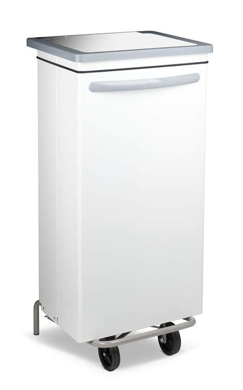 poubelle de cuisine blanche poubelle cuisine blanche haccp carénée 100 litres