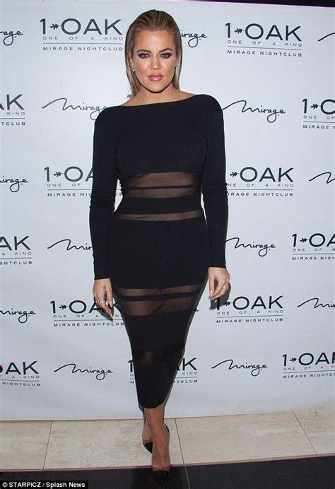 Khloé Kardashian hosts Memorial Day party in Las Vegas ...