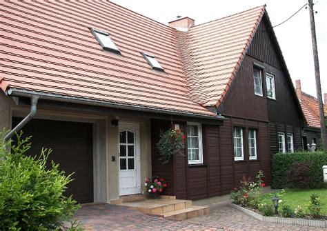 Historische Holzhaus Fertighaus Siedlung Holzhäuser Garage