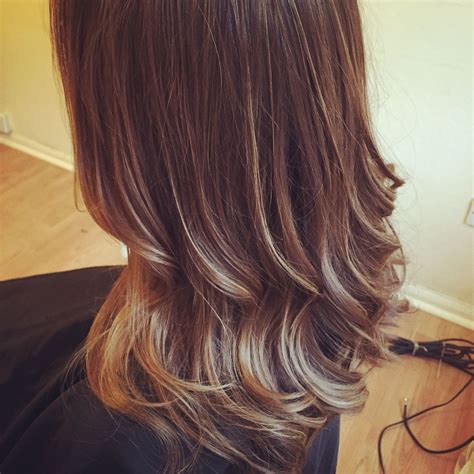 multi tonal brown hair find  perfect hair style