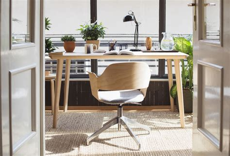 ways  feng shui  desk
