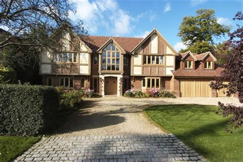 private tudor estate  pricey pads