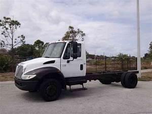 Hino 268  2015    Medium Trucks