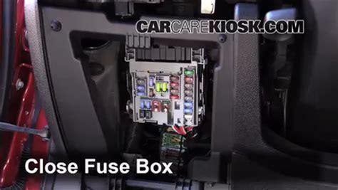 2013 Malibu Fuse Box by Interior Fuse Box Location 2013 2013 Chevrolet Malibu