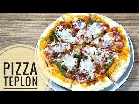 Pizza, makanan asal italia yang menjadi favorit semua orang di seluruh dunia. Resep pizza teplon enak dan empuk - YouTube