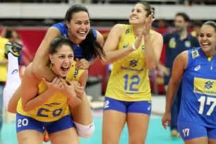 Brasil vence a Sérvia e decide título do Grand Prix com a ...